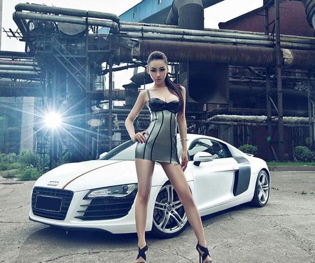 绅士豪车美女车模激情对决 汽车频道