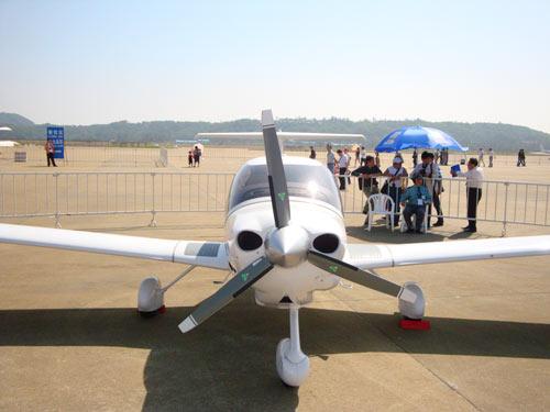 山东滨州制造省油飞机 每百公里仅需7个油(图)